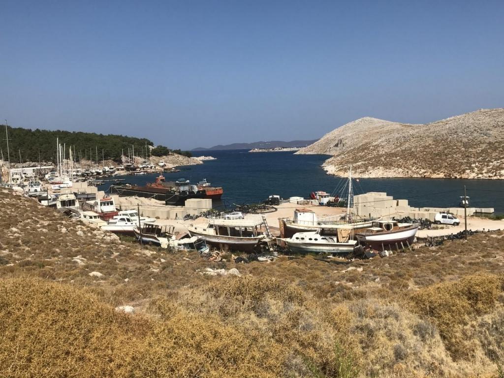 Όμιλος Τσάκου: Η μαρίνα Χίου και οι επενδύσεις στο ναυπηγείο του Θόλου
