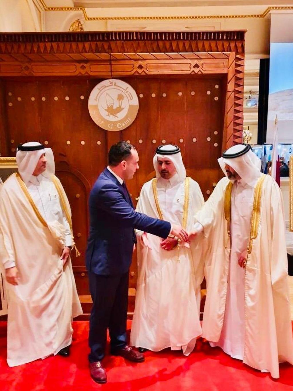 Σε εκδήλωση της Πρεσβείας του Κατάρ ο δήμαρχος Μυκόνου – Η διαχρονική σχέση και τα οφέλη για το νησί