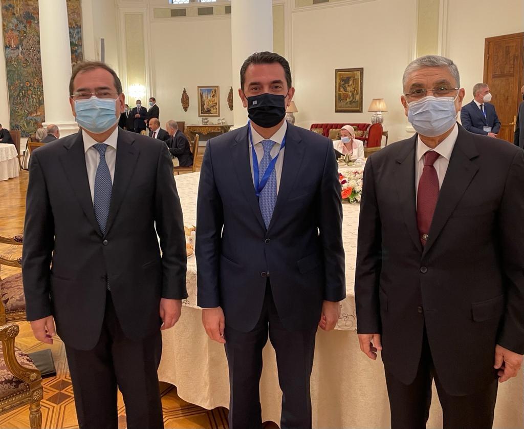 Η ηλεκτρική διασύνδεση Ελλάδας – Αιγύπτου στο επίκεντρο των συναντήσεων του Υπουργού Περιβάλλοντος και Ενέργειας, Κώστα Σκρέκα, στο Κάιρο