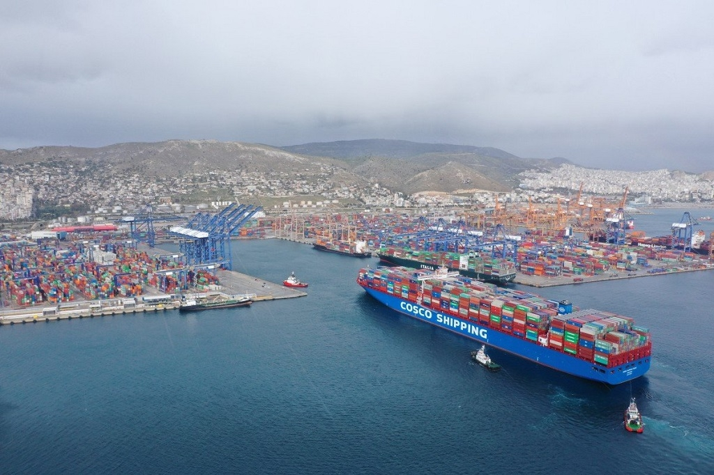 The port of Piraeus in 2020 handled 5,437,477 TEU