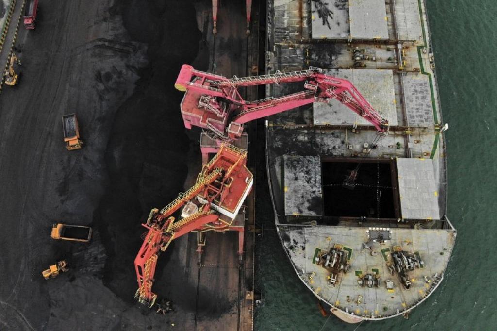 China's 2021-25 met coal market seen balanced, scrap usage to cut coal demand